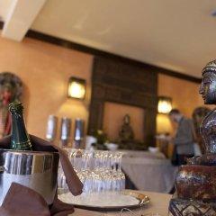 Апартаменты Regency Country Club, Apartments Suites питание фото 3