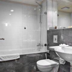 Hotel Majestic Plaza 4* Люкс с различными типами кроватей фото 6