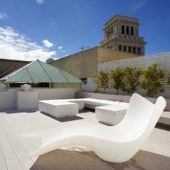 Отель Ático En Paseo De Gracia Барселона бассейн