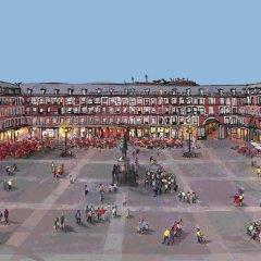 Отель Book in Madrid Plaza Mayor Мадрид спортивное сооружение