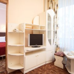 Гостиница Санаторно-курортный комплекс Знание 3* Стандартный семейный номер с разными типами кроватей фото 4