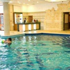 Отель Emerald Resort Studios Равда бассейн