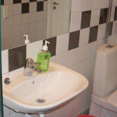 Отель City Apartment Hotel Швеция, Гётеборг - отзывы, цены и фото номеров - забронировать отель City Apartment Hotel онлайн ванная фото 2