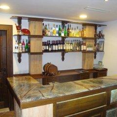 Отель Guest House Black Lom гостиничный бар