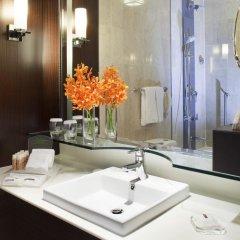 Отель Holiday Inn Singapore Orchard City Centre 4* Номер Делюкс с различными типами кроватей фото 5