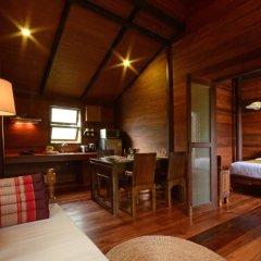 Отель Ananta Thai Pool Villas Resort Phuket 3* Вилла разные типы кроватей фото 14