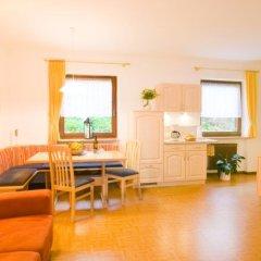 Отель Appartements Peilerhof Чермес комната для гостей