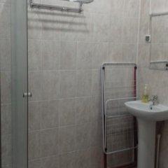 Гостиница Авиатор 2* Номер с общей ванной комнатой с различными типами кроватей (общая ванная комната) фото 6