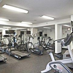 Отель Oakwood Crystal City фитнесс-зал