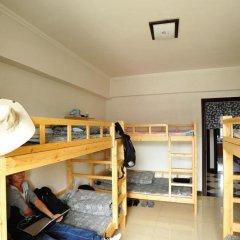 Отель Xian Ruyue Inn 2* Кровать в мужском общем номере с двухъярусной кроватью фото 2