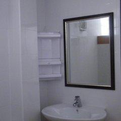 Отель Ya Teng Homestay 2* Стандартный номер с двуспальной кроватью фото 28