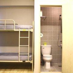 Plan A Hostel Кровать в женском общем номере с двухъярусной кроватью фото 5