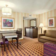 Отель Embassy Suites Minneapolis - Airport 4* Стандартный номер фото 3