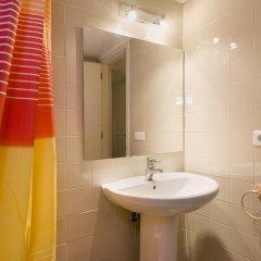 Отель LetsGo Paseo de Gracia Испания, Барселона - отзывы, цены и фото номеров - забронировать отель LetsGo Paseo de Gracia онлайн ванная фото 2