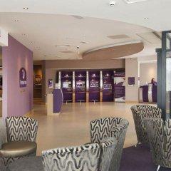 Отель Premier Inn London Stansted Airport интерьер отеля фото 3