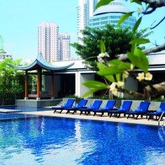 Singapore Marriott Tang Plaza Hotel бассейн