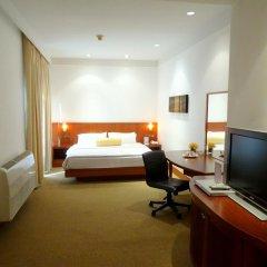 Отель City Lodge Soi 19 сейф в номере