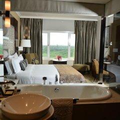 Отель Taj Palace, New Delhi 5* Улучшенный номер с различными типами кроватей фото 2