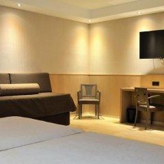 Gran Hotel Barcino 4* Стандартный номер с двуспальной кроватью фото 30