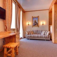 Гостиница Алеша Попович Двор 3* Люкс повышенной комфортности с различными типами кроватей фото 7