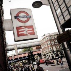 Отель The Wellington Hotel Великобритания, Лондон - 6 отзывов об отеле, цены и фото номеров - забронировать отель The Wellington Hotel онлайн городской автобус