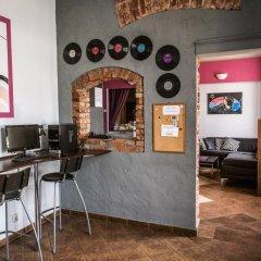Music Hostel Piotrkowska интерьер отеля