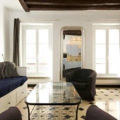 Отель Appartement Saint Rustique Франция, Париж - отзывы, цены и фото номеров - забронировать отель Appartement Saint Rustique онлайн комната для гостей фото 2
