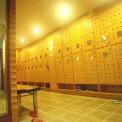 Отель Ebina House Бангкок спортивное сооружение