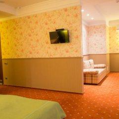 Гостиница Road Star Стандартный семейный номер разные типы кроватей фото 3