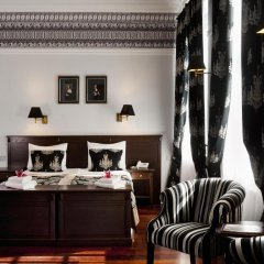 Отель Holland House Residence Old Town в номере фото 2