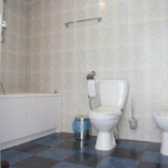 Гостиница Belbek Hotel в Севастополе отзывы, цены и фото номеров - забронировать гостиницу Belbek Hotel онлайн Севастополь ванная