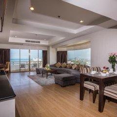Отель D Varee Jomtien Beach 4* Стандартный номер с различными типами кроватей фото 12