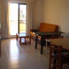 Отель Apartamentos Aigua Oliva в номере
