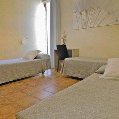 Отель Pensión Mariluz Испания, Барселона - отзывы, цены и фото номеров - забронировать отель Pensión Mariluz онлайн комната для гостей