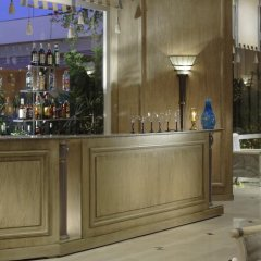 Апартаменты Hurghada Suites & Apartments Serviced by Marriott гостиничный бар