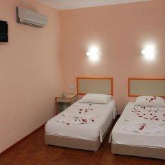 Idyros Hotel 3* Стандартный номер с двуспальной кроватью