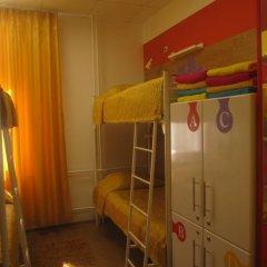 Пазл Хостел Кровать в общем номере двухъярусные кровати фото 15