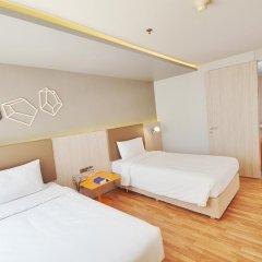 Отель The Heritage Hotels Bangkok 4* Стандартный номер с различными типами кроватей фото 3