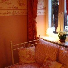 Отель Hostelik Wiktoriański Стандартный номер с различными типами кроватей (общая ванная комната) фото 9