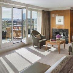 Отель Mandarin Oriental, Geneva Швейцария, Женева - отзывы, цены и фото номеров - забронировать отель Mandarin Oriental, Geneva онлайн балкон