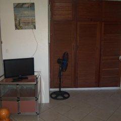 Отель Pension Armelle Bed & Breakfast Tahiti Французская Полинезия, Пунаауиа - отзывы, цены и фото номеров - забронировать отель Pension Armelle Bed & Breakfast Tahiti онлайн комната для гостей