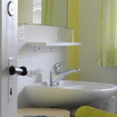 Hotel-Pension Marthahaus 2* Стандартный номер с различными типами кроватей (общая ванная комната) фото 5