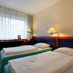 AZIMUT Hotel City South Berlin 3* Стандартный номер с двуспальной кроватью фото 2