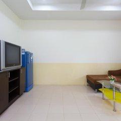 Отель Bangtao Kanita House 2* Номер Делюкс с двуспальной кроватью фото 17