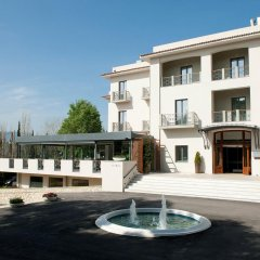 Отель Domotel Kastri Греция, Кифисия - 1 отзыв об отеле, цены и фото номеров - забронировать отель Domotel Kastri онлайн бассейн