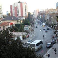 Cosy Hostel Tirana парковка
