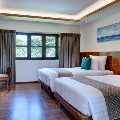 Отель Phi Phi Island Village Beach Resort 4* Улучшенное бунгало с различными типами кроватей фото 3