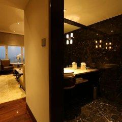 Отель Taj Palace, New Delhi 5* Люкс Taj Club с различными типами кроватей фото 3