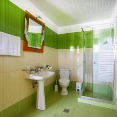 Отель Koviou Holiday Village ванная фото 2