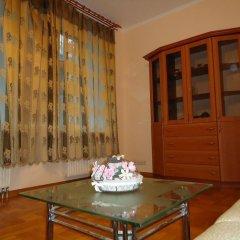 Апартаменты Rentday Apartments - Kiev комната для гостей фото 6